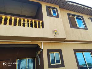 3 bedroom Mini flat Flat / Apartment for rent Adogba road, Monatan Iwo road, Ibadan Iwo Rd Ibadan Oyo