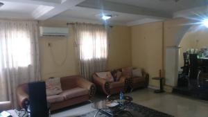 7 bedroom Detached Duplex House for rent Jericho GRA Jericho Ibadan Oyo