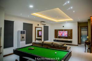 3 bedroom Penthouse Flat / Apartment for shortlet Lekki Phase 1 Lekki Lagos