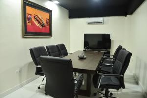 Private Office Co working space for rent 54B Adeniyi Jones, by Abba Joneson  Adeniyi Jones Ikeja Lagos