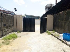 3 bedroom Bungalow for rent Ecric more close via bode Thomas surulere Eric moore Surulere Lagos