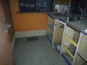 1 bedroom mini flat  House for rent pilot close off bode Thomas surulere Lagos Surulere Surulere Lagos
