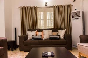 4 bedroom House for shortlet chevron Lekki Lagos