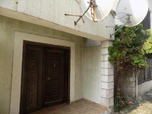 3 bedroom Flat / Apartment for sale U3 Estate Lekki Lekki Phase 2 Lekki Lagos