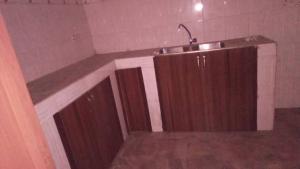 2 bedroom Flat / Apartment for rent Alagomeji axis  Alagomeji Yaba Lagos - 0