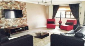 3 bedroom Flat / Apartment for shortlet Otedola Estate, Omole Phase 2, Ikeja Isheri North Ojodu Lagos