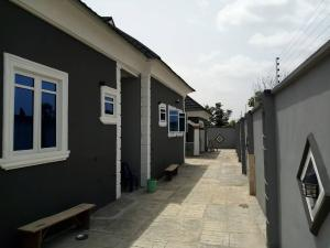 2 bedroom Flat / Apartment for rent Airport,off old road, Alakia area Egbeda Oyo