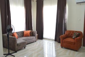 1 bedroom mini flat  Mini flat Flat / Apartment for shortlet 14 Rafiat Tinudu Close, off T.F Kuboye, Lekki Phase 1 Lekki Lagos