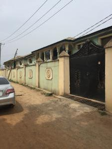 3 bedroom Penthouse Flat / Apartment for rent Obat filling station area, Adegbayi bus stop, off  new Ife road Ibadan. Egbeda Oyo