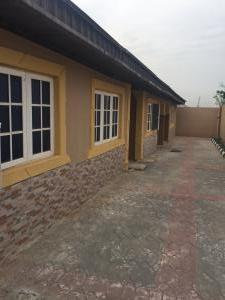 2 bedroom Flat / Apartment for rent 2 bedroom flat Oluwo, new Ife road  Egbeda Oyo