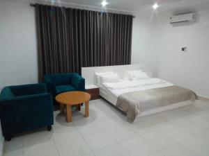 3 bedroom Flat / Apartment for shortlet Ondo Street Banana Island Ikoyi Lagos