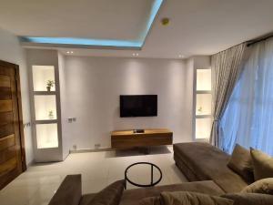 1 bedroom mini flat  Self Contain Flat / Apartment for shortlet 27c Christ avenue  Lekki Phase 1 Lekki Lagos