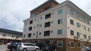2 bedroom Flat / Apartment for rent Lekki Gardens   Abraham adesanya estate Ajah Lagos