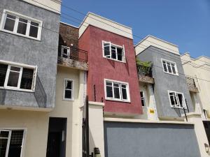 4 bedroom Terraced Duplex House for rent Platinum street Jakande Lekki Lagos