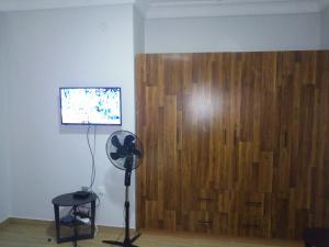 2 bedroom Studio Apartment Flat / Apartment for shortlet Jembewon Way, near Golf Club, Onireke-Jericho axis Jericho Ibadan Oyo