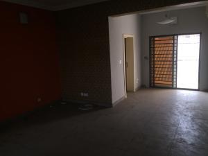 3 bedroom Flat / Apartment for rent Olonode  Alagomeji Yaba Lagos