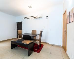3 bedroom Flat / Apartment for shortlet Ogunyemi street ONIRU Victoria Island Lagos