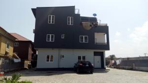 2 bedroom Flat / Apartment for rent admiralty estate Igbo-efon Lekki Lagos