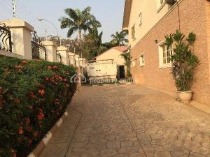 4 bedroom Semi Detached Duplex House for rent - Wuse 2 Abuja