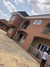 5 bedroom Shared Apartment Flat / Apartment for rent ondo close,off osuntokun road Bodija Ibadan Oyo