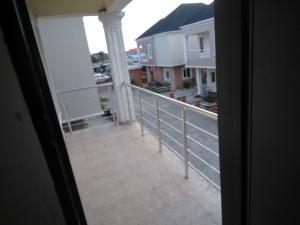 4 bedroom House for sale Mini Estate, off mobil road, Alaguntor Ilaje Ajah Lagos