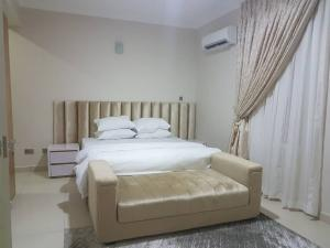 3 bedroom Flat / Apartment for shortlet Palm Springs Road Ikate Lekki Lagos