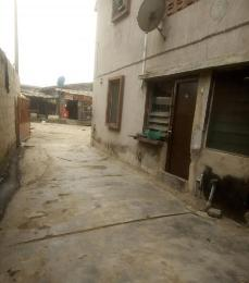 3 bedroom Blocks of Flats House for sale Off Agunlejika Street Ijesha Surulere Lagos