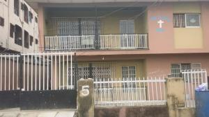 3 bedroom Blocks of Flats House for sale Pedro gbagada Phase 1 Gbagada Lagos