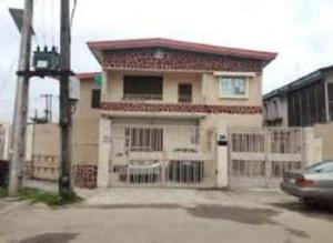 4 bedroom Detached Duplex House for sale Surulere Lagos
