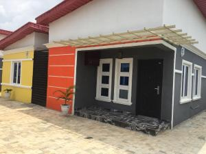 3 bedroom Detached Bungalow House for sale Oxford Estate near RCCG Redemption Camp Mowe Obafemi Owode Ogun