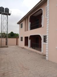 3 bedroom Blocks of Flats House for rent Apatupuu after yawiri ojurin Ibadan  Akobo Ibadan Oyo