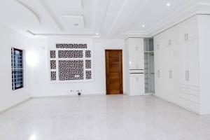 5 bedroom Semi Detached Duplex House for sale - Osapa london Lekki Lagos