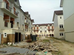 5 bedroom Flat / Apartment for sale Off Bode Thomas Bode Thomas Surulere Lagos