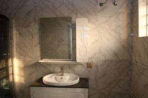 4 bedroom Semi Detached Duplex House for sale Bera Estate, Chevron Lekki Lagos