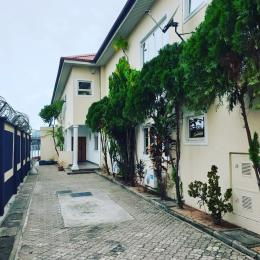 4 bedroom Massionette House for rent Waterfront Ikoyi Lagos