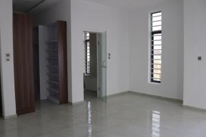 4 bedroom Detached Duplex House for sale Lafiaji Lekki Phase 2 Lekki Lagos