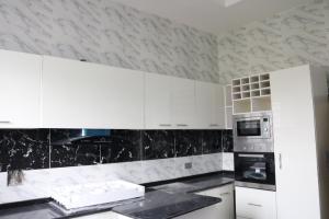 4 bedroom Semi Detached Duplex House for sale Orchid Estate, Lafiaji Lekki Lagos