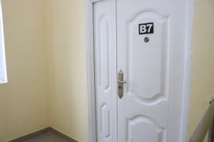 3 bedroom Flat / Apartment for sale Orchid Estate, Lafiaji Lekki Lagos