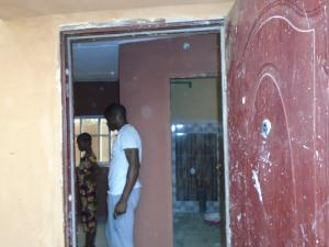 1 bedroom mini flat  Self Contain Flat / Apartment for rent - Itire Surulere Lagos