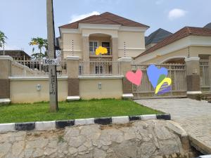 4 bedroom Detached Duplex House for sale 64 crescent Gwarinpa  Gwarinpa Abuja