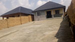 3 bedroom Flat / Apartment for sale odk bus stop alakia isebi Alakia Ibadan Oyo