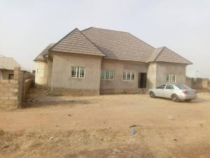 4 bedroom Detached Bungalow House for sale After Dunamis Church, Brighter School Road, Minna Niger State Shiroro Niger