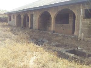 6 bedroom Shared Apartment Flat / Apartment for sale Near bukola purewater factory oloko elere Ido Oyo
