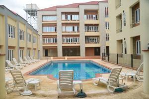 4 bedroom Flat / Apartment for sale off   Adeniyi Jones Ikeja Lagos