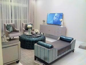 3 bedroom Flat / Apartment for shortlet Estate Osapa london Lekki Lagos