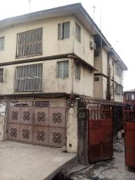 3 bedroom Blocks of Flats House for sale Off Aborishade call 08033500947 Lawanson Surulere Lagos
