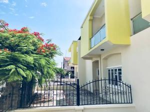 5 bedroom Terraced Duplex House for sale Orchid Hotel Road  chevron Lekki Lagos
