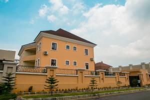 4 bedroom Studio Apartment Flat / Apartment for sale Matiama  Maitama Abuja