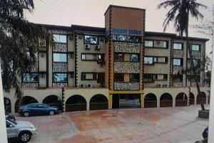 Hotel/Guest House Commercial Property for sale Carliza Serviced Apartments with c of o at no 83 Marine road Apapa-Lagos   Apapa Lagos