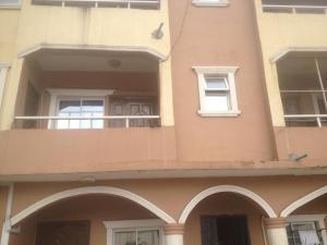 3 bedroom Flat / Apartment for rent Oshodi Oshodi Expressway Oshodi Lagos